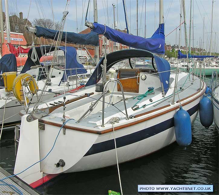 r7149-moored1